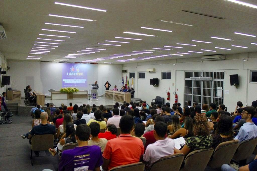 Abertura da SECITEC aconteceu na Câmara Municipal de Guanambi.