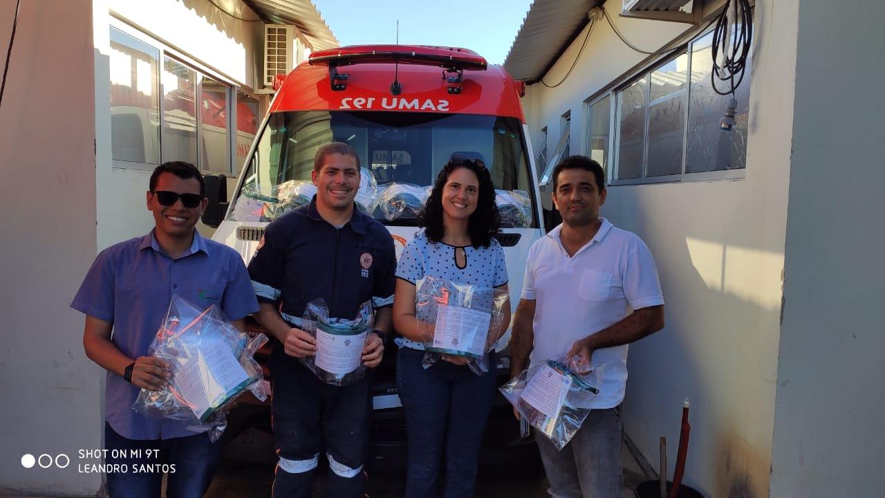 Servidores colaboram com produção de máscaras para profissionais de saúde em Guanambi